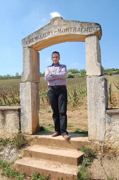 Peste drum, un pic mai la deal, o alta vie celebra Chevalier Montrachet